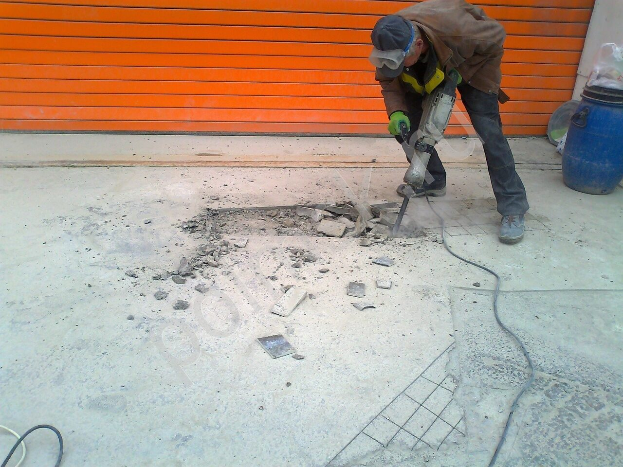 ремонт бетонного пола на улице
